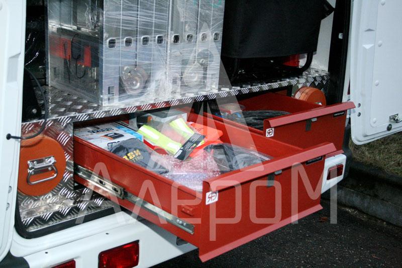 Выдвижные ящики передвижной лаборатории